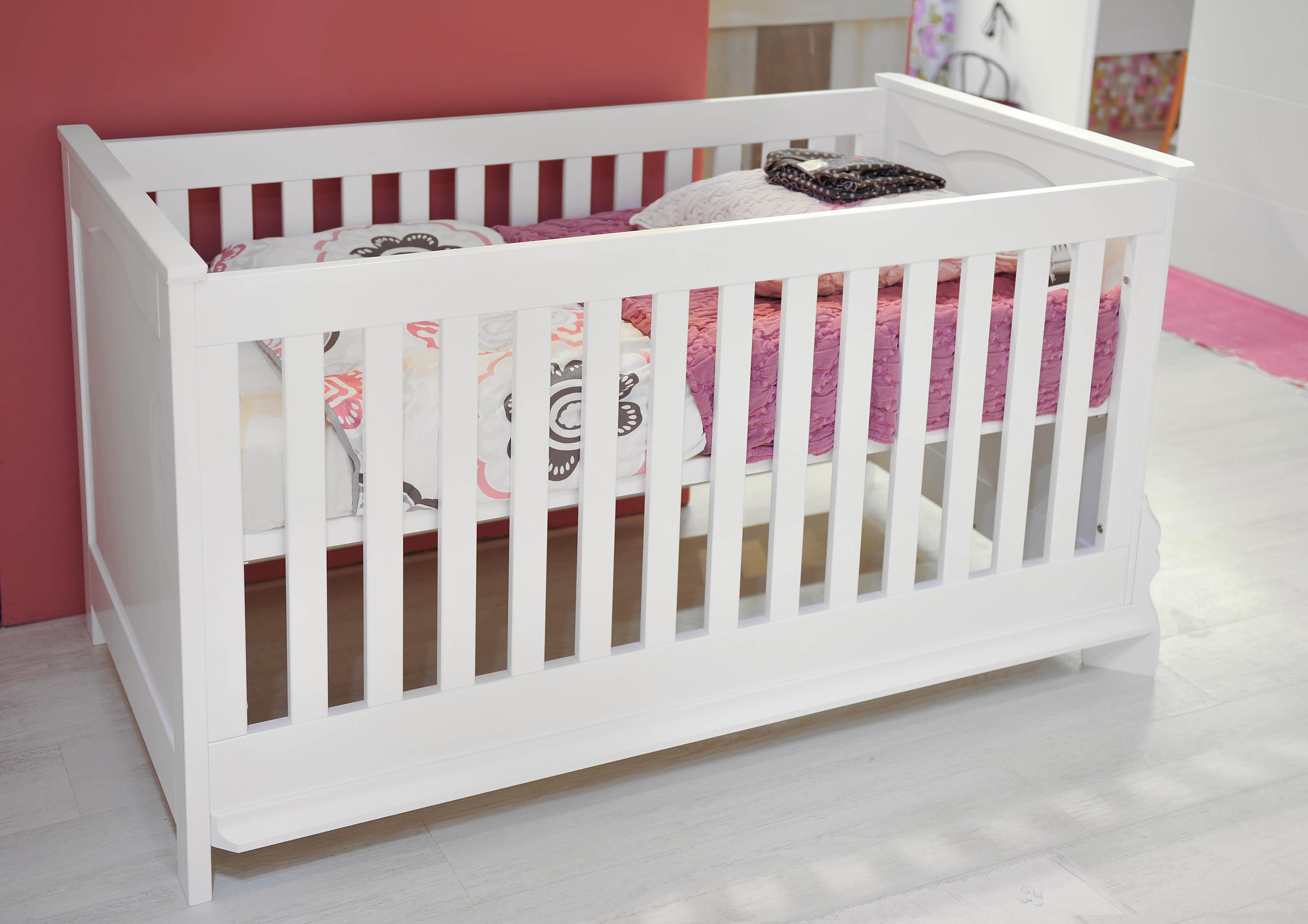 Collection anna par bopita une chambre enfant princi re abitare kids - Lit bebe hauteur reglable ...