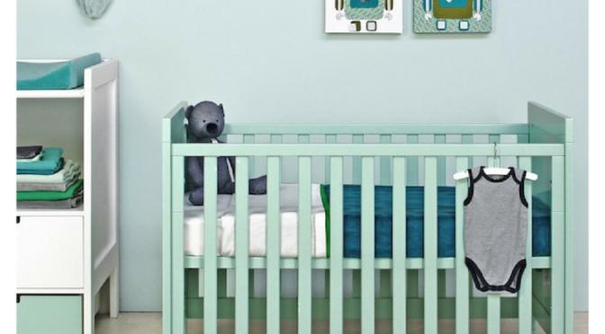Le lit bébé Bopita de la collection SVEN, résolument moderne.