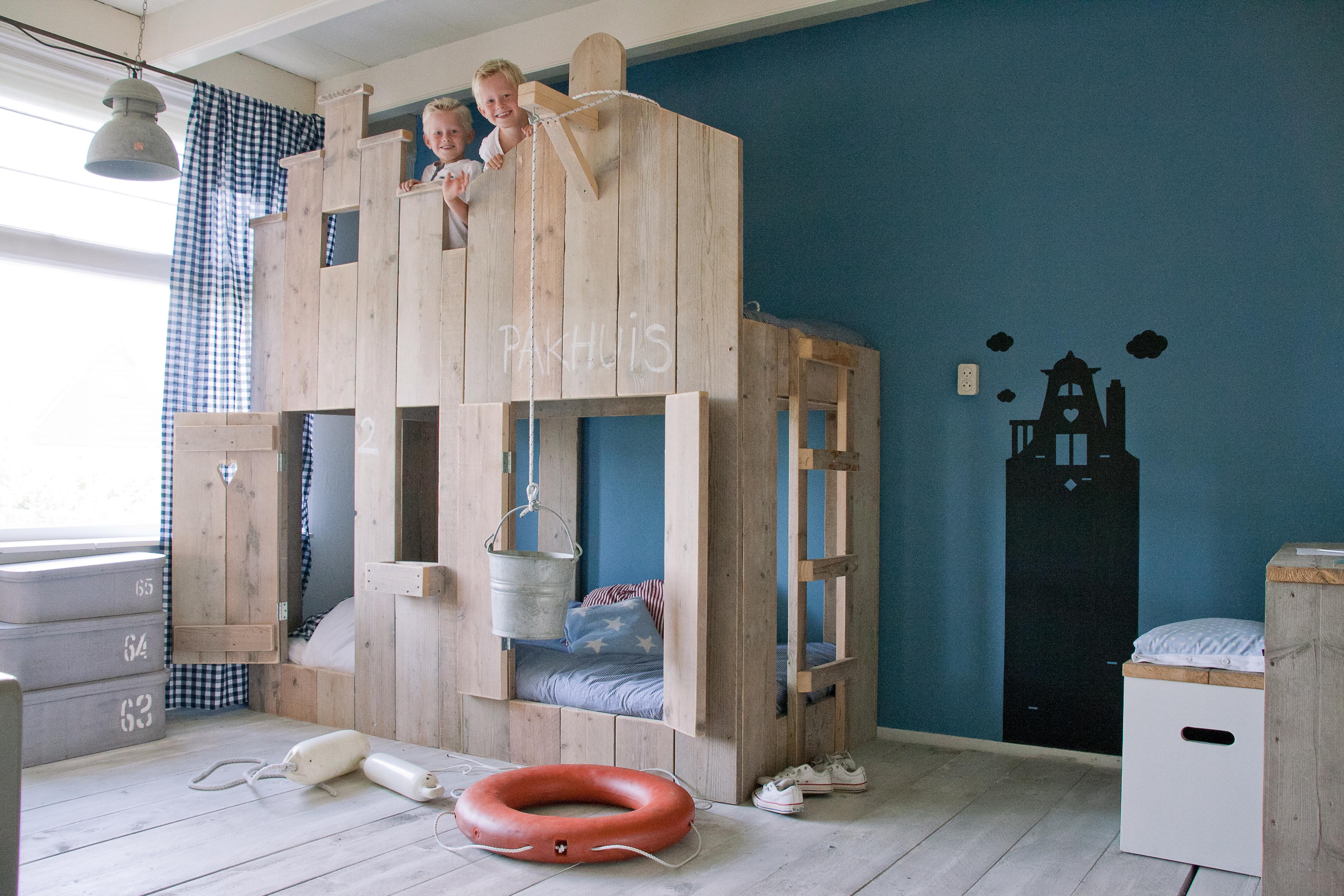 Les lits cabanes la descendance des lits pour enfants