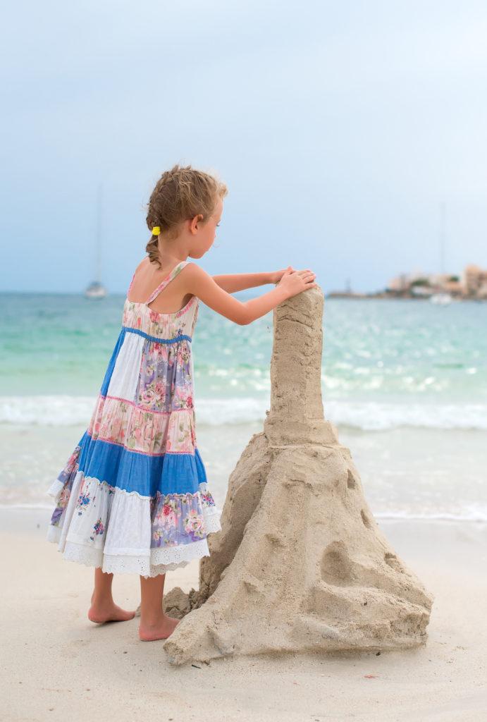 châteaux de sable fillette
