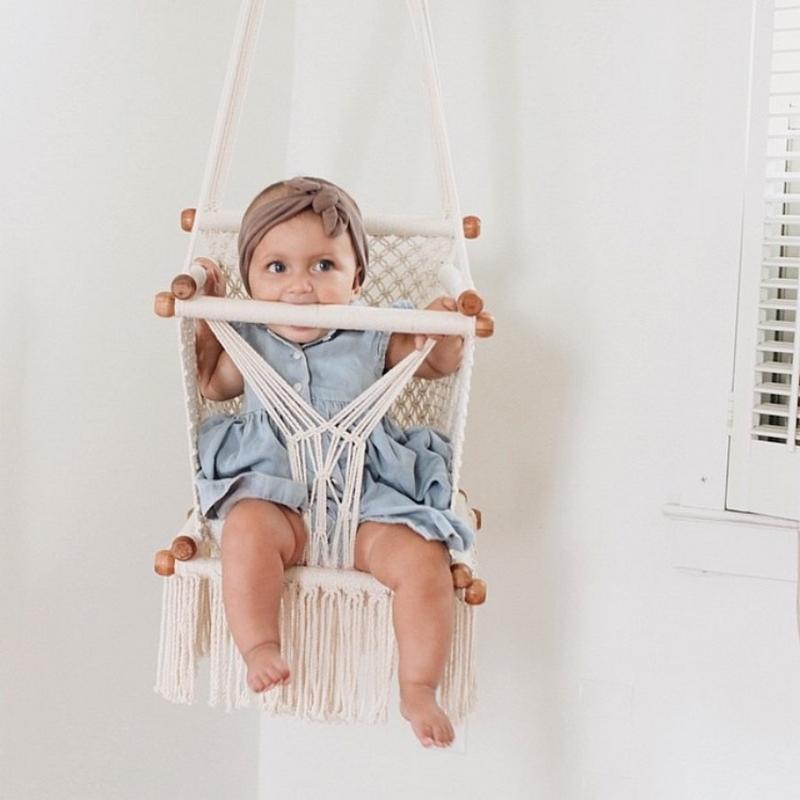 balançoire chambre enfant bébé